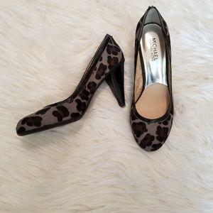 Michael Kors Calfskin Leopard Print Heels, sz 8.5